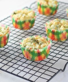 Healthier Broccoli Cheese Muffins - FoodBabbles.com #healthy #muffins
