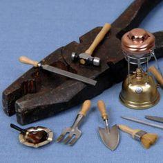Shotton Miniatures - hand held tools