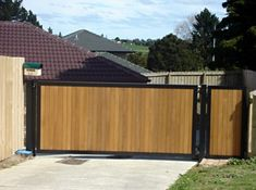 Custom Driveway Gates by JDR Metal Art for Homes Farms Ranches & Estates - Steel Iron & Aluminum Gates - Custom Driveway Gates - JDR Metal Art - Iron Steel & Aluminum - Home Farm Ranch & Estate Aluminum Driveway Gates, Aluminium Gates, Gates Driveway, Wooden Gate Designs, Wooden Gates, Metal Garden Gates, Metal Gates, Tor Design, Front Yard Decor