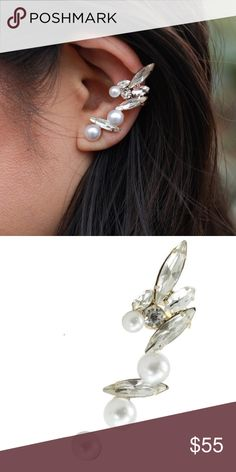 """BOHEMIAN EARRING Leafy Crystal Ear Cuff Crawler One Size. New with tags. $38 Retail + Tax.   - Beautiful leaf-like earring featuring stunning pearls and crystals along the ear lobe.  - Leads way to a trendy twist regarding classic stud earrings.  - Includes post & cuff back; pearl stud.  - Length: 1.75""""  Nickel and lead free. 18k plated metal, glass.  Imported.      {Southern Girl Fashion - Closet Policy}   ✔Bundle discount: 20% off 2+ items.   ✔️ Reasonable offers are considered when…"""