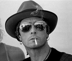 Scott Weiland..your no good, your no good, your no good, baby your no good....so, come on over!!