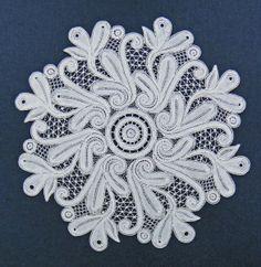 Withof lace, made by Ingrid Bormuth