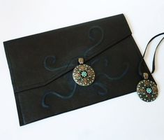 Black genuine #leather unique flat #clutch for cocktail or evening, and bronze #pendant necklace set for women. Leather Jewelry, Leather Clutch, Necklace Sizes, Pendant Necklace, Leather Photo Albums, Shades Of Turquoise, Bronze Pendant, Small Shops, Envelope Clutch