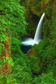 Eagle Creek Gorge, Oregon