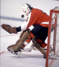 Bernie Parent by Dennis Miles Flyers Hockey, Ice Hockey Teams, Hockey Games, Hockey Helmet, Hockey Goalie, Nhl, Philadelphia Flyers, Bernie Parent, Hockey Boards