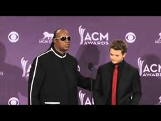 """Stevie Wonder Says Hunter Hayes is """"A Blessing to America"""" - ACM Awards"""