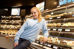 """Jana Beller war 2011 """"Germany's Next Topmodel"""" - ihren Traumjob hat sie nun aber woanders gefunden: In einem Backshop am Münchner Hauptbahnhof."""