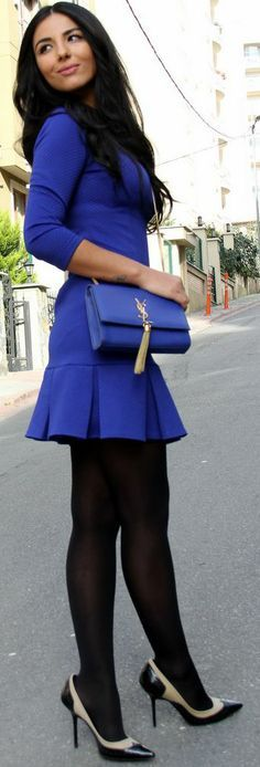 Fashionista: Adorable Style. I hate this color blue. But a mint or coral would be perfect
