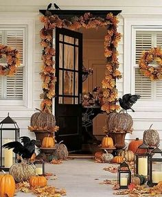 LOVE LOVE LOVE this for fall!!! Minus the crows, either spooky or traditional, pick one!