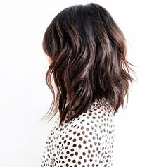 2-Le-Fashion-Blog-25-Inspiring-Long-Bob-Hairstyles-Lob-Brunette-Brown-Wavy-Hair-Via-Anh-Co-Tran.jpg (518×521)