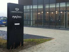 Reclamezuil Lameris Otech - Totem Signage by http://pol-reclame.nl/ with mailbox