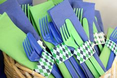 golf party dressing up plastic silverware