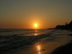 La Libertad is El Sunzal, one of El Salvador's beaches
