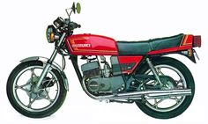 #Suzuki GT250 Suzuki Bikes, Japanese Motorcycle, Cars And Motorcycles, Motorbikes, Youth, Vintage, Street, Vehicles, Board