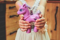 Kids are inherently playful. Playful Parenting is a recommended book to help parents tune into play with their kids for greater connection. Unicorn Mom, Unicorn Gifts, Unicorn Party, Toy Unicorn, Real Unicorn, Unicorn Hair, Buy A Horse, Show And Tell, My Children