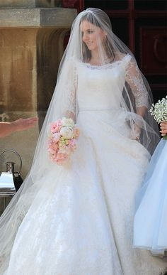 Geri Halliwell marries in Kate Middleton-style wedding dress