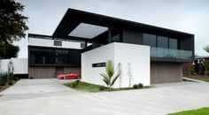 Beautiful Contemporary Home in New Zealand