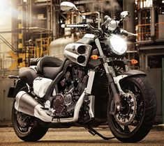 Triumph Rocket X Edition Speciale 2015 - Fiche moto - Motoplanete Motos Yamaha, Yamaha Motorcycles, Custom Motorcycles, Ducati, Cars And Motorcycles, Vmax Yamaha, Yamaha V Max, Bike Garage, Ghost Rider Marvel