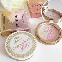 Too Faced Candlelight Glow Highlighting powder / Get in: Warm Glow