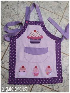 Cute kids apron idea.