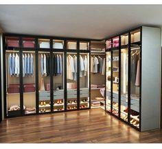 May 2020 - Source Hot Selling American Style Glass Door Modern Design Wardrobe on m. Wardrobe Room, Wardrobe Design Bedroom, Bedroom Bed Design, Modern Wardrobe, Wardrobe Interior Design, Modern Closet, Wardrobe Door Designs, Closet Designs, Glass Wardrobe Doors