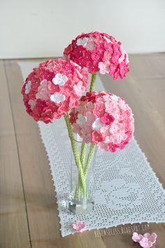 Crochet Hydrangea in pink - ortensia a uncinetto in rosa - besenseless.blogspot.com