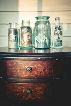 en collant une f e dans un pot de verre elle r alise une d co tout simplement magnifique. Black Bedroom Furniture Sets. Home Design Ideas