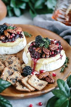 Baked Brie with Sugared Pecans and Berries