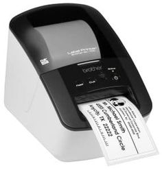 Professional, high speed label printer QL- 700 from Brother, a simple step is all it takes to print quality labels with this versatile label printer. Best Label Maker, Label Makers, Brother Drucker, Shipping Label Printer, Barcode Labels, Fast Print, Software, Thermal Labels, Brother Printers