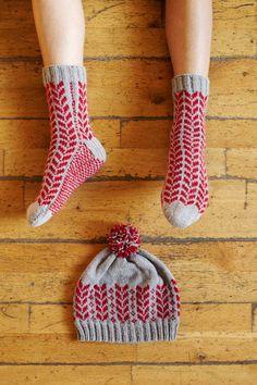 Ravelry: Silver Maple Comfy Socks & Beanie pattern by Kyoko Nakayoshi Knitting Socks, Knitting Stitches, Hand Knitting, Knitted Hats, Knit Socks, Cotton Clouds, Comfy Socks, Beanie Pattern, How To Purl Knit