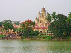 Dakshineswar Kāli Temple, Calcutta, India, where Ramakrishna spent a major portion of his adult life.
