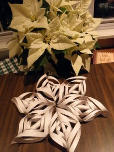 Easy home made paper christmas ornament.