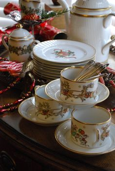 Fitz and Floyd Christmas dishes (for Christmas tea) Christmas Tea Party, Christmas China, Christmas Dishes, Noel Christmas, All Things Christmas, Elegant Christmas, Tartan Christmas, Nordic Christmas, Christmas Breakfast