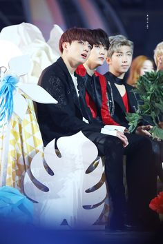 """"""" © MYSTIC RED 