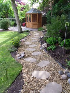 Woodland walk in a new garden design and build