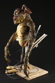 GREMLINS 2: THE NEW BATCH (1990) - Mechanical Gremlin Puppet - Price Estimate: $2000 - $3000