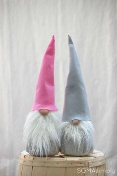 Pink GNOME tomten Scandinavian Christmas