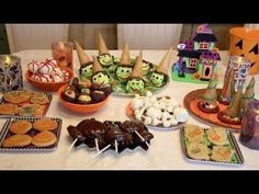 Halloween Treats Part 1 - the treats are cute, but Noelle and his mother are adorably hilarious <3