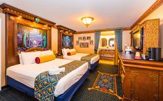 The Royal Guest Rooms at Port Orleans Riverside are the princess-themedhotel rooms at Walt Disney World. This review features Royal Room photos, thought