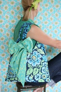Bag making for newbies. Part 2 - Choosing Fabrics & Interfacings