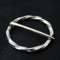 Silver medieval round pin from The Sunken City by DaWanda.com