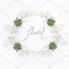 Romantic floral wreath - Photos