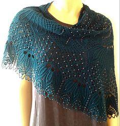 QD -Quadratische Decke Shawl pattern by Hayley Tsang Sather