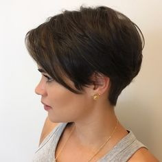 Today we have the most stylish 86 Cute Short Pixie Haircuts. We claim that you have never seen such elegant and eye-catching short hairstyles before. Pixie haircut, of course, offers a lot of options for the hair of the ladies'… Continue Reading → Stylish Short Haircuts, Short Hairstyles For Thick Hair, Pixie Hairstyles, Hairstyles With Bangs, Curly Hair Styles, Short Thick Haircuts, Fashion Hairstyles, School Hairstyles, Elegant Hairstyles