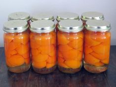 Home canned peaches Canned Peaches, Preserves, Carrots, Mason Jars, Favorite Recipes, Snacks, Canning, Fruit, Vegetables
