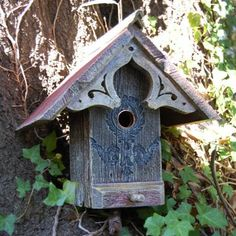 Griffith Creek Designs English Cottage Birdhouse