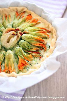 Quiche ai fiori di zucca e formaggi -  What to do with all the extra squash blossoms from my zucchini plants!