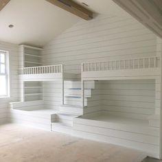 Bunk Bed Rooms, Bunk Beds Built In, Kids Bunk Beds, Four Bunk Beds, Queen Bunk Beds, Floating Shelves Bedroom, Bunk Bed Designs, Basement Bedrooms, Master Bedrooms