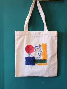 Embroidery Bags, Simple Embroidery, Embroidery Designs, Sacs Tote Bags, Diy Tote Bag, Canvas Tote Bags, Punch Needle Kits, Punch Needle Patterns, Diy Bag Designs