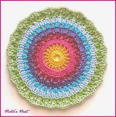 Natas Nest: Rainbow Mandala - Free Crochet Pattern / Regenbogen-Mandala - Kostenlose Häkelanleitung